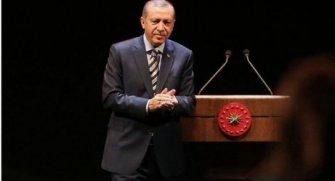 Cumhurbaşkanı Recep Tayyip Erdoğan, ABD'nin 45. Başkanı seçilen Donald Trump'ı telefonla arayarak kutladı.