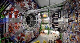 Önemli bilimsel deneylerin yapıldığı Büyük Hadron Çarpıştırıcısının hafızasının dolması çalışmaları aksatabilir.