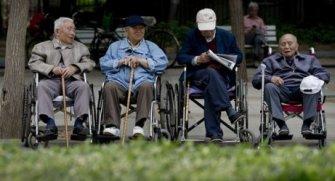 Yaşlı popülasyonuna karşı yapılan muamelenin kötüye gidişatı hk.